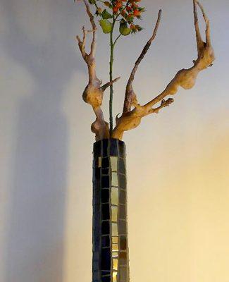 Mosaik und Ikebana schwarz/gelb